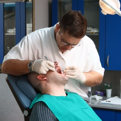 Kingsbridge Dental Clinic Urges Patients to Arrange Regular Check-Ups Amid Mouth Cancer Fears