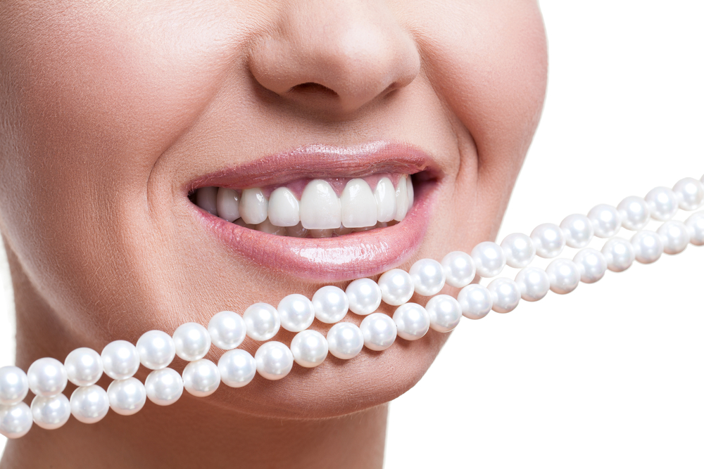 Thousands of Brits Have Had Illegal Tooth Whitening Treatment
