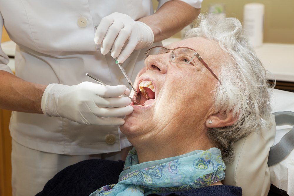 Oxfordshire watchdog calls for urgent improvements in care home dental services