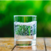 Experts highlight the dental dangers of drinking sparkling water